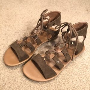 Army green tied Gladiator Sandals Size 6